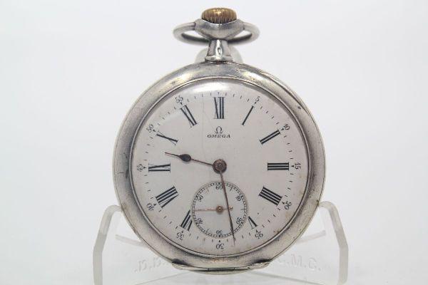 d9959d23ddf Relógio   Pequeno de Bolso