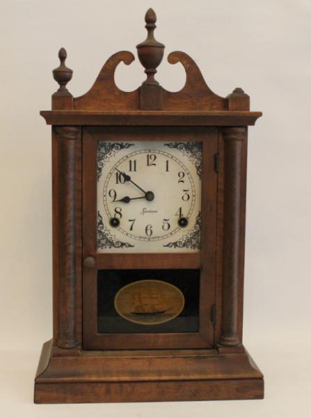 9c5a1f2070d Réplica de antigo relógio de parede da marca