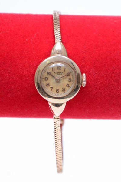 684dadd8844 Relógio de pulso feminino da década de 50 em ouro 18k contrastado da  manufatura