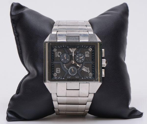 dcf88803fed ORIENT - Antigo relógio masculino década de 80 - Parado