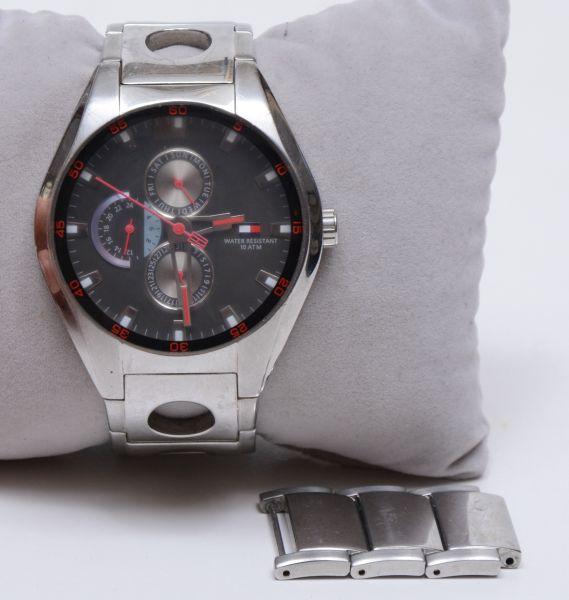 35704574383 Relógio de pulso TOMMY HILFIGER TH.37.3.14.0685. 4 cm diam caixa. Original.