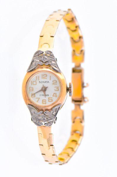 5a34d4ace3b SONATA - Antigo relógio feminino em ouro 18 kts com pulseira em ouro baixo