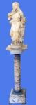 """Excepcional escultura italiana, estilo neo clássico, em mármore de Carrara, século XIX, assinada  na base posterior """"Prof. Péricle Solaine"""" com coluna de mármore e acabamentos em bronze cinzelados e em ricos relevos. Peça apresenta pequenos desgastes do tempo e leves bicados no manto e veste, não comprometendo a beleza da obra. Altura total de 1,78 m. Estatueta com 68 cm de altura e coluna de 1,10. Base de 26 x 26 cm com 15 cm de altura. Tampo com 28 x 28 cm."""
