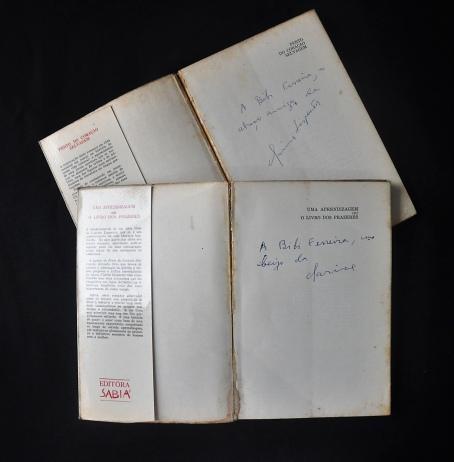 LEILÃO BIBLIOTECA BIBI FERREIRA e outros comitentes - livros autografados sobre diversos temas
